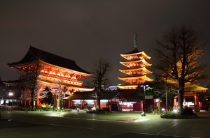 Sensoji_at_night